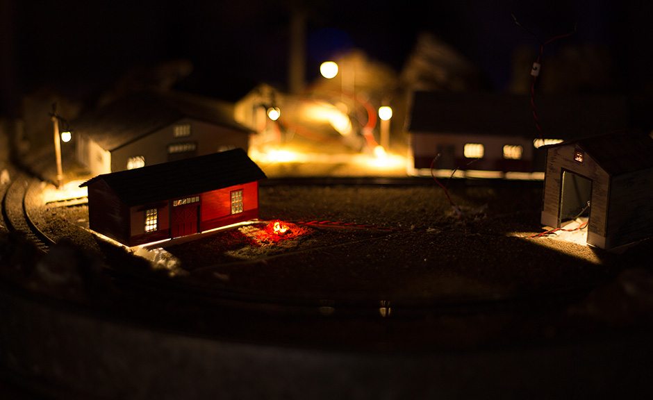 Grinched | N Scale Christmas Layout | Part 5 | Raildig com