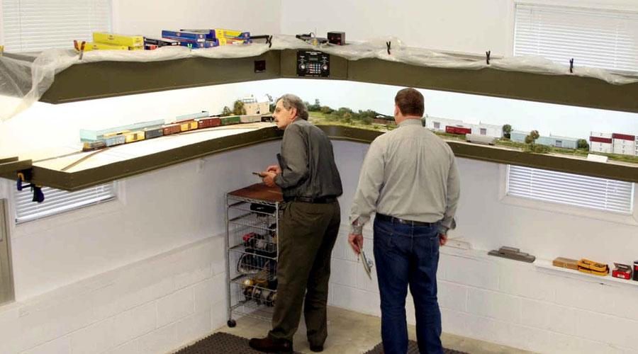 Lance Mindheim The Shelf Layouts Co Raildigcom